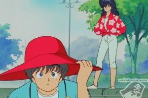 Kasuga rencontre une jeune fille qui lui offre son chapeau !
